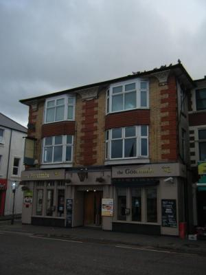 The Goscombe, Canton